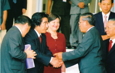 With Prime Minister Hun-Sen at 2006 Asia Economic Forum